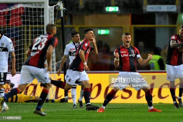 Riccardo Orsolini of Bologna FC celebrates after scoring the opening goal during the Serie A match between Bologna FC and Parma Calcio at Stadio...