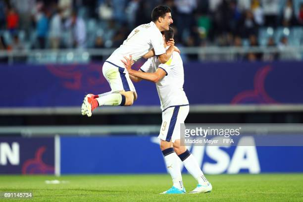 Riccardo Orsolini of Italy and Andrea Favilli celebrate their teams 21 win over France during the FIFA U20 World Cup Korea Republic 2017 Round of 16...