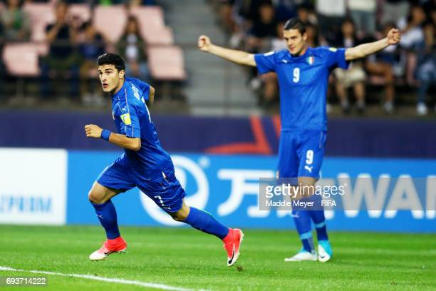 Riccardo Orsolini of Italy celebrates with Andrea Favilli after scoring a goal during the FIFA U-20 World Cup Korea Republic 2017 Semi Final match...