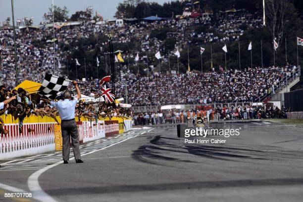 Riccardo Patrese, Williams-Renault FW13B, Grand Prix of San Marino, Autodromo Enzo e Dino Ferrari, Imola, 13 May 1990. Ricardo Patrese takes the...