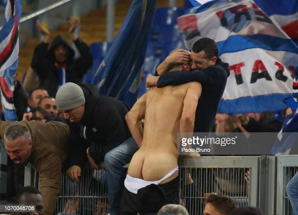 Riccardo Saponara of UC Sampdoria celebrates after scoring the team's second goal during the Serie A match between SS Lazio and UC Sampdoria at...