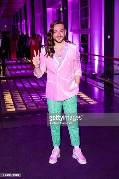Riccardo Simonetti attends the Duftstars 2019 at Rheinterrasse on May 09 2019 in Duesseldorf Germany