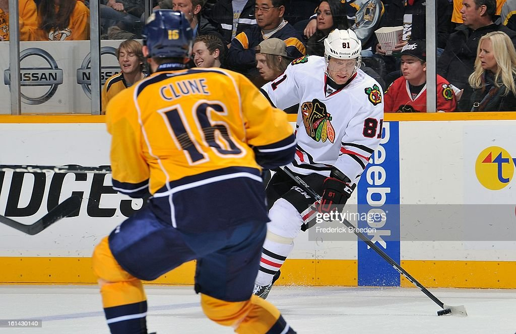 Rich Clune #16 of the Nashville Predators covers Marian Hossa #81 of the Chicago Blackhawks at the Bridgestone Arena on February 10, 2013 in Nashville, Tennessee.