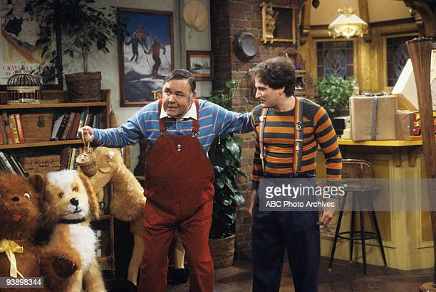 MORK MINDY Rich Mork Poor Mork 11/26/81 Jonathan Winters Robin Williams