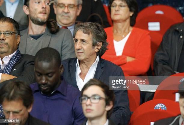 Richard Anconina attends the UEFA Champions League between Paris SaintGermain FC and SL Benfica at Parc Des Princes on October 02 2013 in Paris France