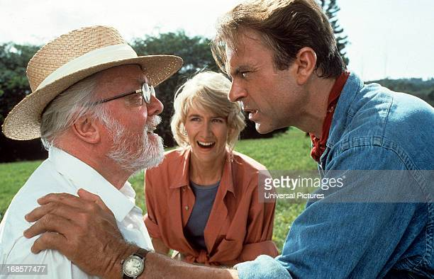 Richard Attenborough, Laura Dern and Sam Neill in a scene from the film 'Jurassic Park', 1993.