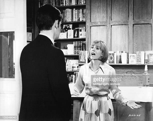 Richard Benjamin listens to Carrie Snodgress trying to explain her problems to him in a scene from the film 'Diary Of A Mad Housewife' 1970