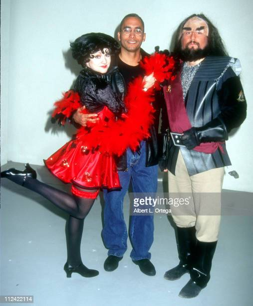 Richard Biggs with Betty Boop and Klingon during SciFi Universe Magazine Presents SciFi Day at MGM Hotel in Las Vegas California United States