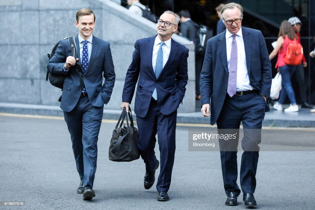 Richard Boath, former deputy head of investment banking at Barclays Plc, centre, arrives at Southwark Crown Court in London, U.K., on Monday, July 17, 2017. Boath, along with three formerBarclays Plcexecutives will stand trial on allegations they conspired to commit fraud over the bank's 2008 fundraising with Qatar in 2019, a London judge ruled. Photographer: Chris Ratcliffe/Bloomberg via Getty Images