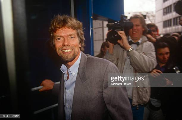 Richard Branson publicises the sale of his Virgin Music business to Thorn EMI in June 1992 London England Virgin Records was sold by Branson to Thorn...