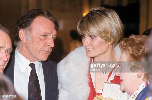 Richard Burton Et Sa Femme Suzy Miller à Paris Dans Les Années 70