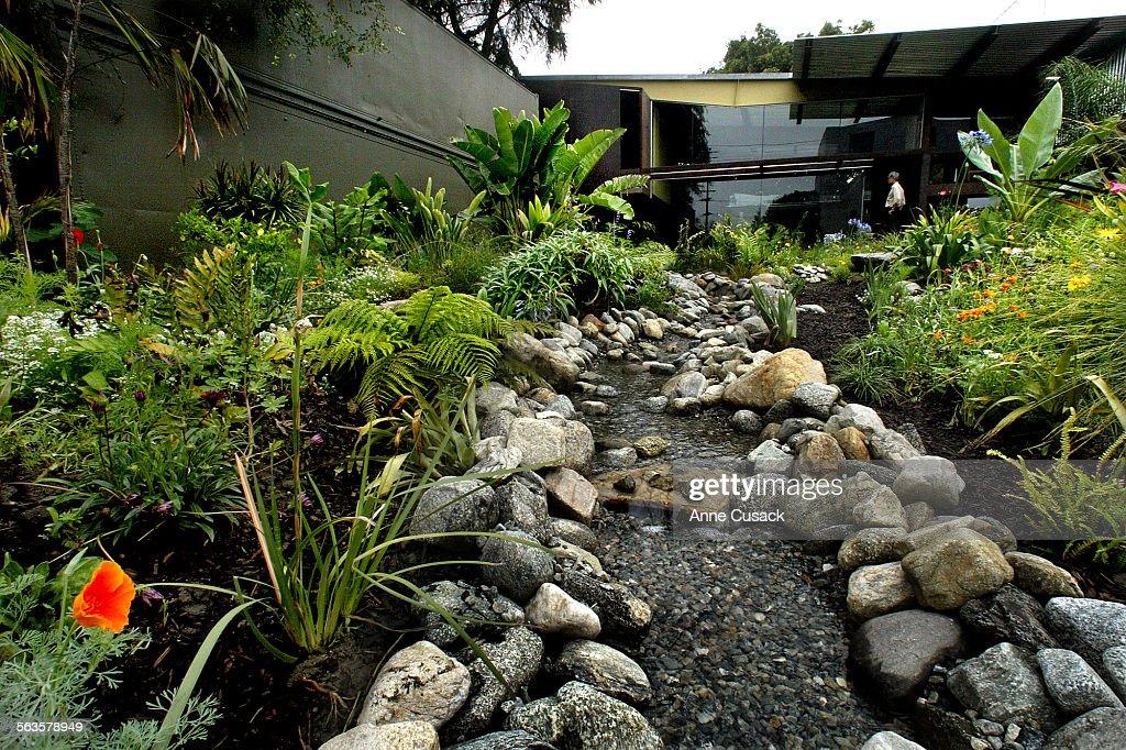 Richard Carlson home and garden near downtown Los Angeles. Carlson ...
