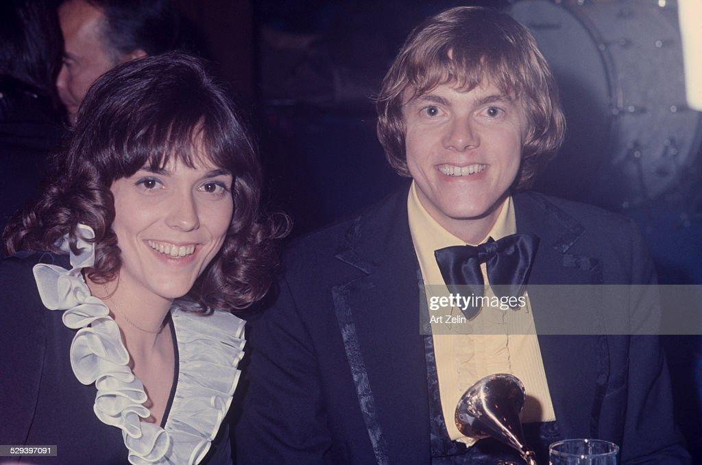 Richard Carpenter and  Karen Carpenter : News Photo