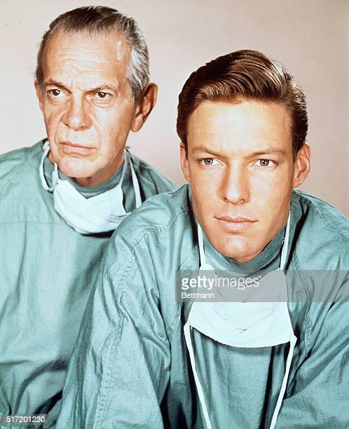 Richard Chamberlain and Raymond Massey wearing surgical gowns in the television series Dr Kildare