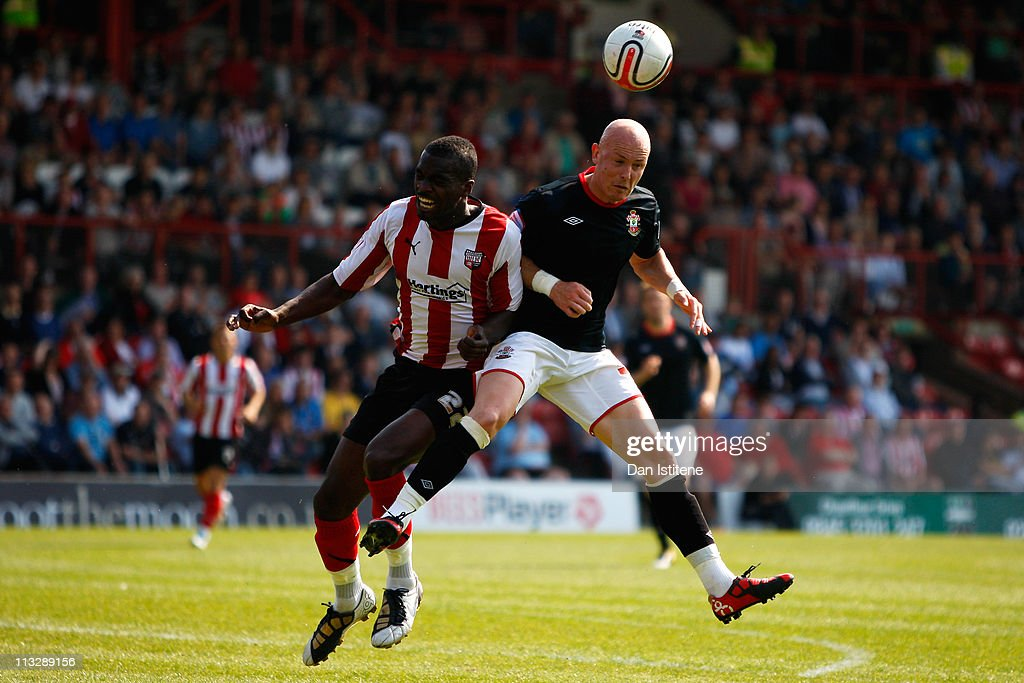 Brentford v Southampton - npower League One : News Photo