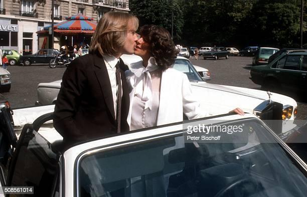 """""""Richard Clayderman, Ehefrau Christine , Hochzeit am in Paris, Frankreich. """""""