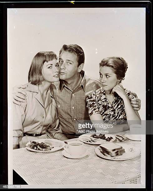 MCCOYS Richard Crenna at Home Layout Shoot Date June 1 1960 L