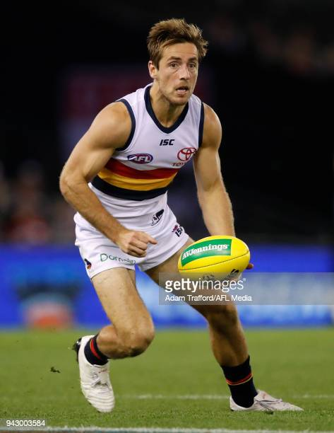 Richard Douglas of the Crows handpasses the ball during the 2018 AFL round 03 match between the St Kilda Saints and the Adelaide Crows at Etihad...