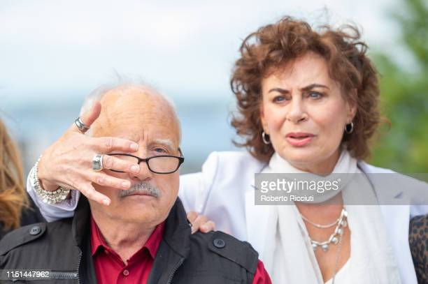 Richard Dreyfuss and Mimi Kuzyk attend a photocall for the World Premiere of 'Astronaut' during the 73rd Edinburgh International Film Festival at The...