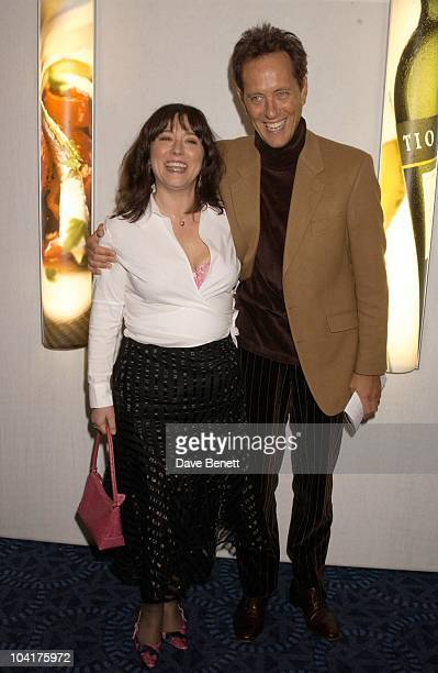 Richard E Grant With Arabella Weir The Tio Pepe Carlton London Restaurant Awards 2003 At Le Meridien Grosvenor House Hotel In Park Lane London