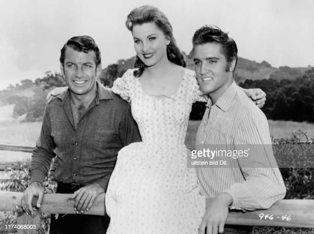 """Richard Egan, Dolores Hart, Elvis Presley in """"Love me tender"""" 1956"""