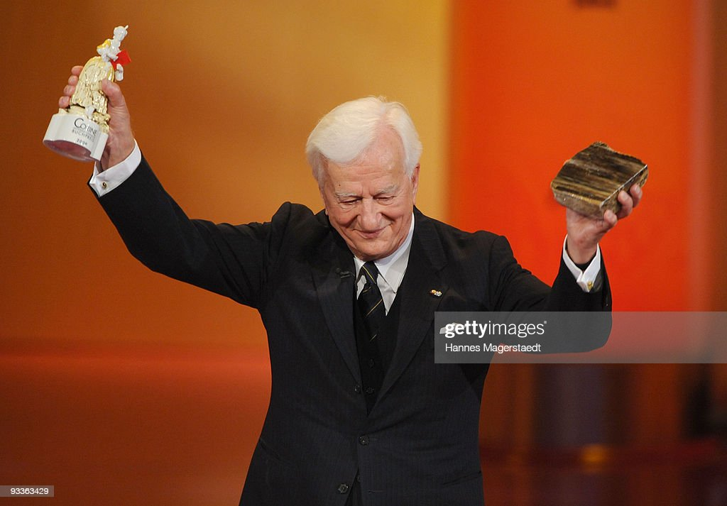 Richard Freiherr von Weizsaecker addresses the audience during the annual Corine awards at the Prinzregenten Theatre on November 24, 2009 in Munich, Germany. The Corine Awards are considered as one of the most prestigious German prizes for literature.