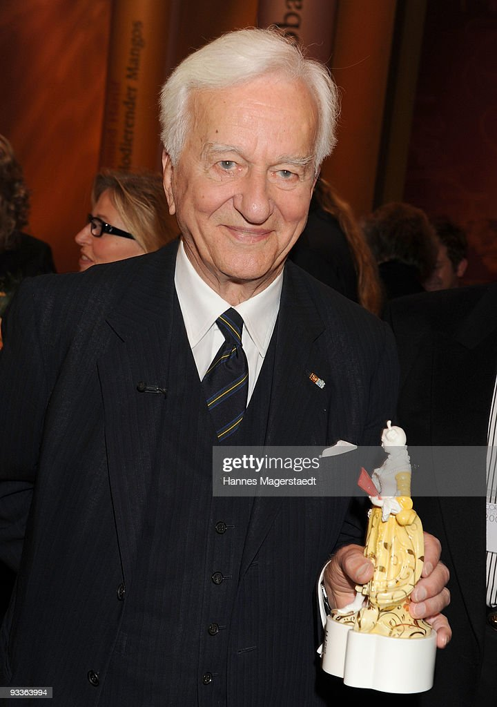 Richard Freiherr von Weizsaecker shows his award during the annual Corine awards at the Prinzregenten Theatre on November 24, 2009 in Munich, Germany. The Corine Awards are considered as one of the most prestigious German prizes for literature.