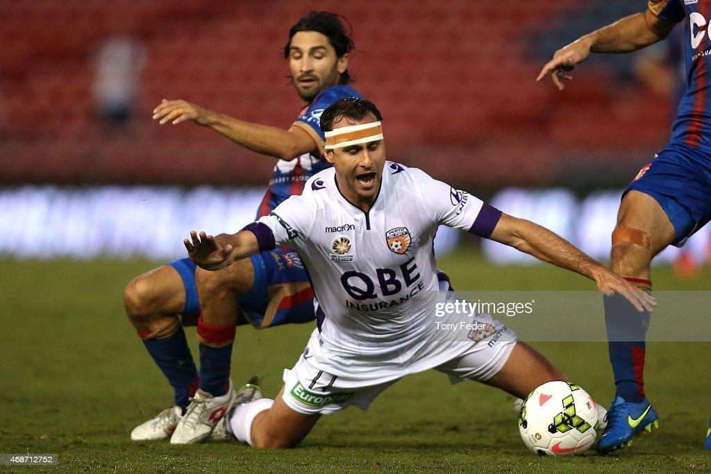A-League Rd 24 - Newcastle v Perth : ニュース写真