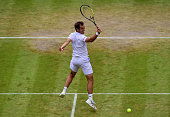 ATP 'S-HERTOGENBOSCH 2018   - Page 5 Richard-gasquet-of-france-plays-a-backhand-volley-in-his-gentlemens-picture-id479930140?s=170x170