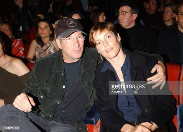 Richard Gere and Carey Lowell during TNT'Come Together' A Night for John Lennon's Words Music Dedicated to New York City and its People Backstage at...
