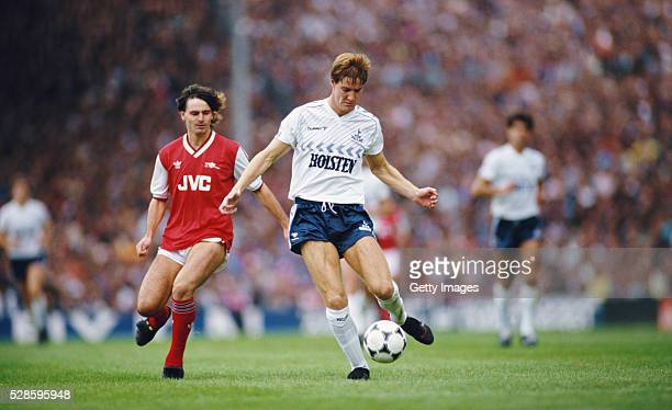 Richard Gough of Spurs holds off the challenge of Charlie Nicholas of Arsenal during the First Division match between Tottenham Hotspur and Arsenal...