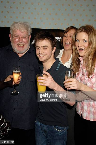 Richard Griffiths Daniel Radcliffe Jenny Agutter and Joanne Christie pose backstage during the press night of 'Equus' at the Gielgud Theatre on...