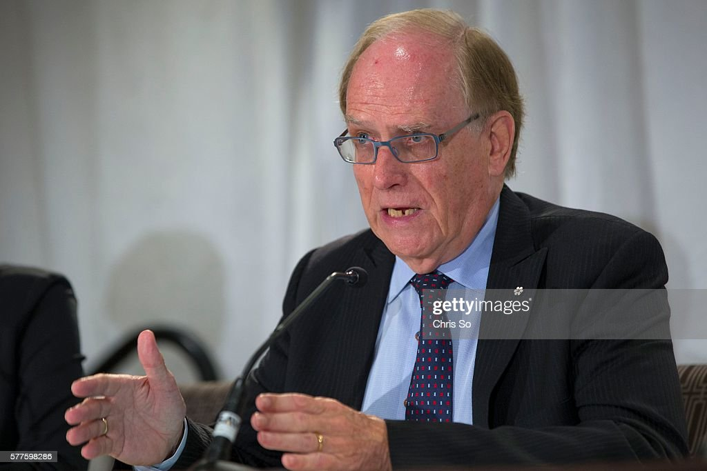 Richard McLaren tables report on Sochi doping : News Photo