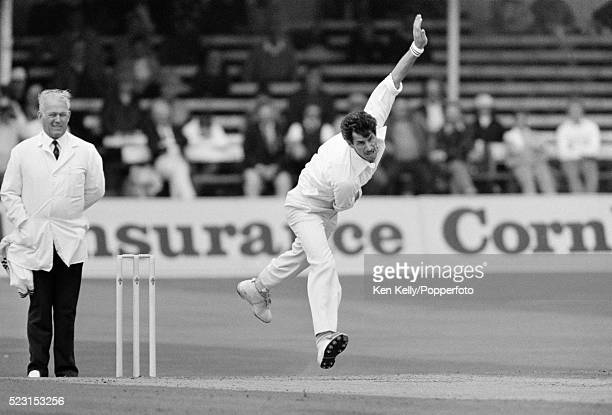Richard Hadlee bowling for New Zealand during the 2nd Test match between England and New Zealand at Trent Bridge in Nottingham 7th August 1986 The...