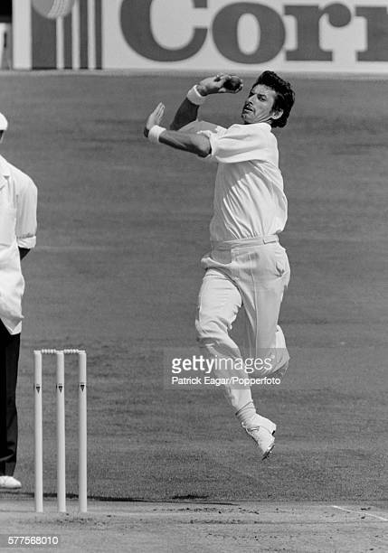Richard Hadlee bowling for New Zealand during the 2nd Test match between England and New Zealand at Headingley Leeds 28th July 1983
