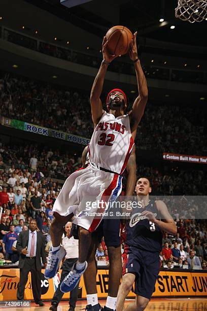 Richard Hamilton of the Cleveland Cavaliers takes the ball to the basket in Game Five of the Eastern Conference Finals against the Detroit Pistons...