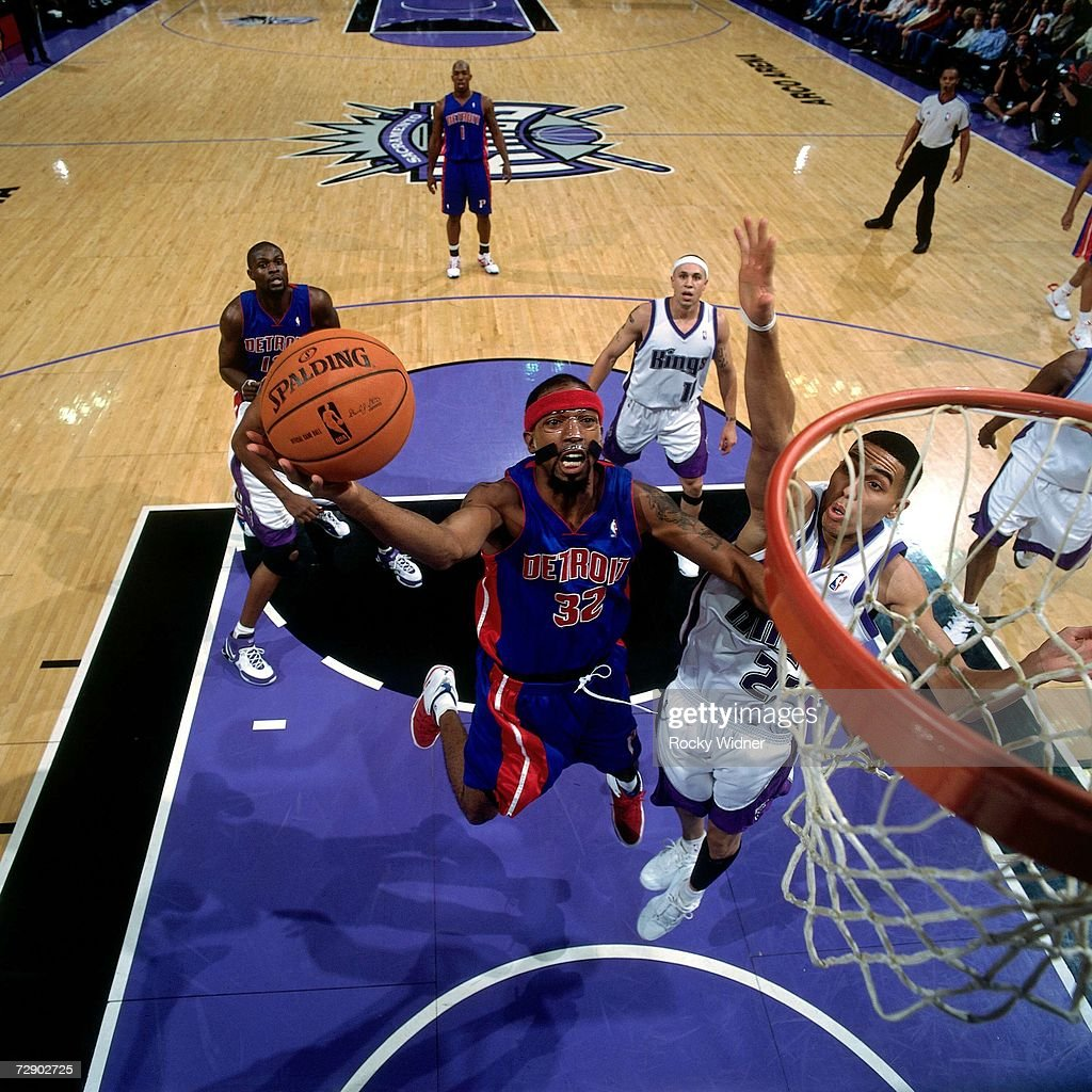 Richard Hamilton #32 of the Detroit Pistons goes for a layup against Kevin Martin #23 of the Sacramento Kings during a game at Arco Arena on November 8, 2006 in Sacramento, California. The Kings won 99-86.