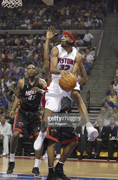Richard Hamilton of the Detroit Pistons looks to pass under the basket against the Miami Heat in Game Six of the Eastern Conference Finals during the...