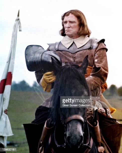 Richard Harris in costume holding a helmet and on horseback in a publicity still issued for the film 'Cromwell' 1970 The historical drama directed by...