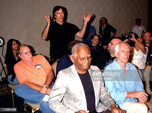"""Richard Hatch questions Ron Moore about his version of """"Battlestar Galactica"""""""