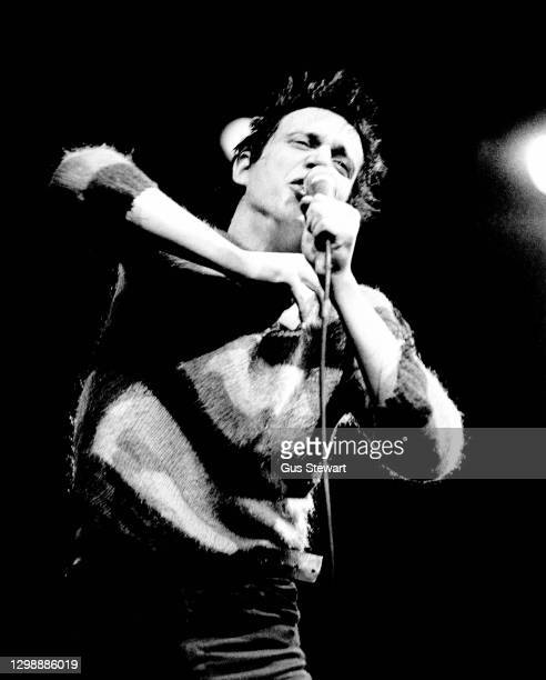 Richard Hell performs on stage at the Dominion Theatre, London, England, on December 18th, 1978 as support to Elvis Costello.