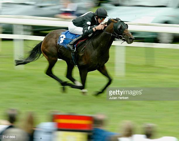 Richard Hughes and Laggan Bay storm home to land The BBC Radio Bristol Maiden Handicap Stakes Race run at Bath Racecourse on July 7 2003 in Bath