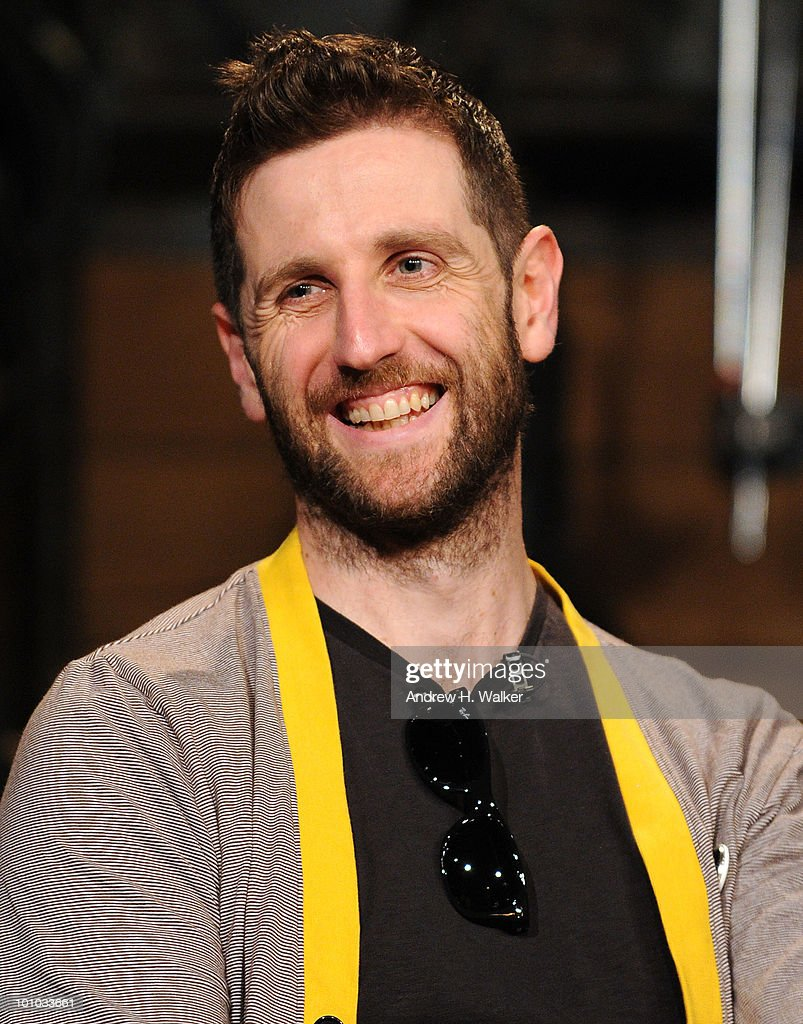Richard Hughes of Keane stops by ''Fuse Top 20 Countdown'' at fuse Studios on May 27, 2010 in New York City.