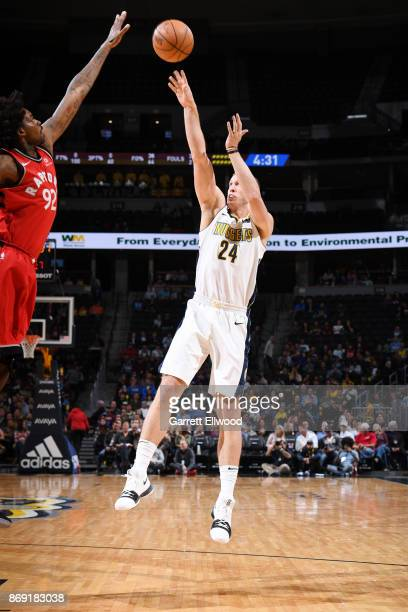 Richard Jefferson of the Denver Nuggets shoots the ball against the Toronto Raptors on November 1 2017 at the Pepsi Center in Denver Colorado NOTE TO...