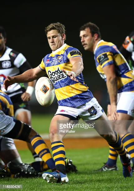 Richard Judd of Bay of Plenty clears the ball during the Mitre 10 Cup Championship Final between Bay of Plenty and Hawke's Bay at Rotorua...