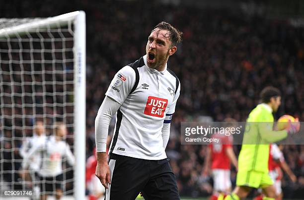 Richard Keogh of Derby County celebrates after Nicklas Bendtner of Nottingham Forest scores an own goal for Derby County's first during the Sky Bet...