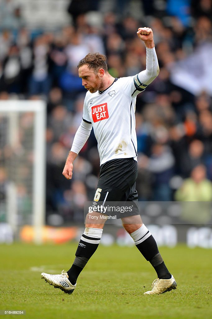 Richard Keogh of Derby County celebrates his team's 1-0 win in the Sky Bet Championship match between Derby County and Nottingham Forest at the iPro Stadium on March 19, 2016 in Derby, United Kingdom.