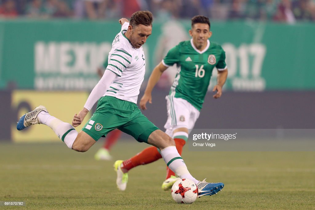 Richard Keogh of Irland during the friendly match between the Republic of Ireland and Mexico at MetLife Stadium on June 01, 2017 in East Rutherford, NJ.