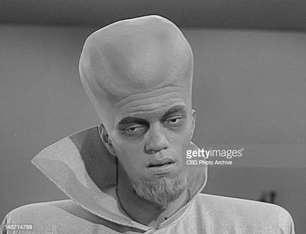 Richard Kiel plays an alien Kanamit from THE TWILIGHT ZONE episode 'To Serve Man' Season 3 episode 71 Original air date March 2 1962 Image is a frame...