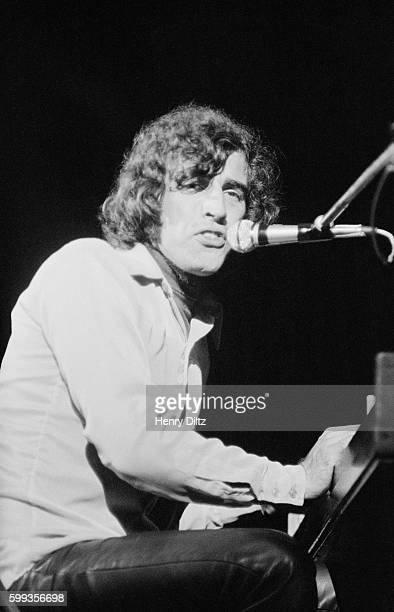 Richard Manuel Performs With The Rest Of The Band At The Free